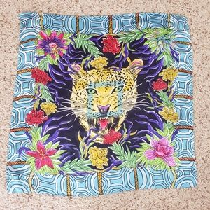 LulaRoe 5th Birthday 2018 Leopard Flower Scarf